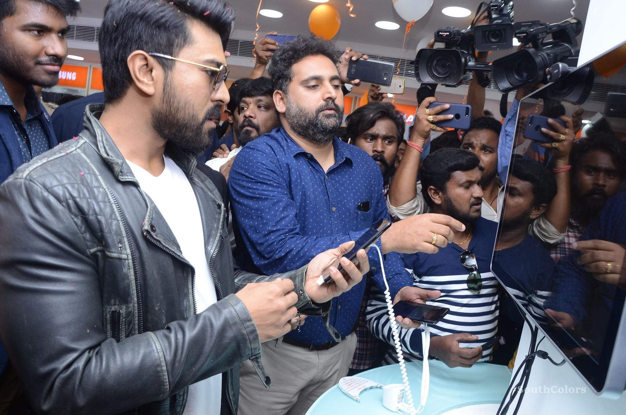 Ramcharan Happi Mobiles Store Launch Photos at Chanda Nagar Southcolors 14