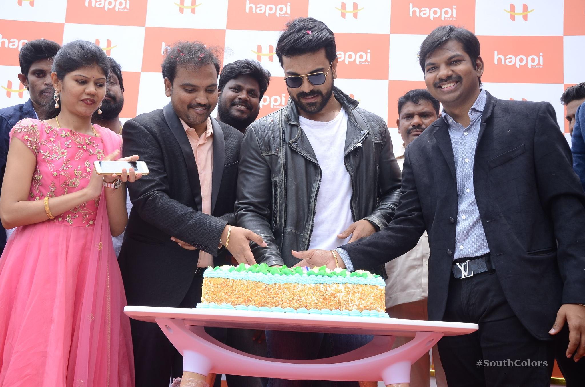 Ramcharan Happi Mobiles Store Launch Photos at Chanda Nagar Southcolors 21