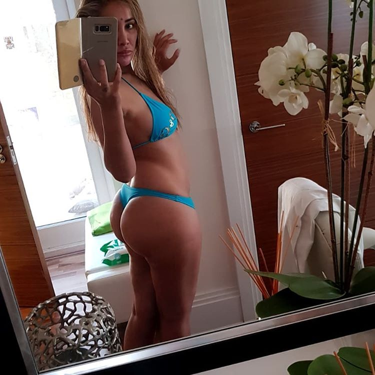 actress sofia hayat flaunts her sexy body in bikini southcolors 2