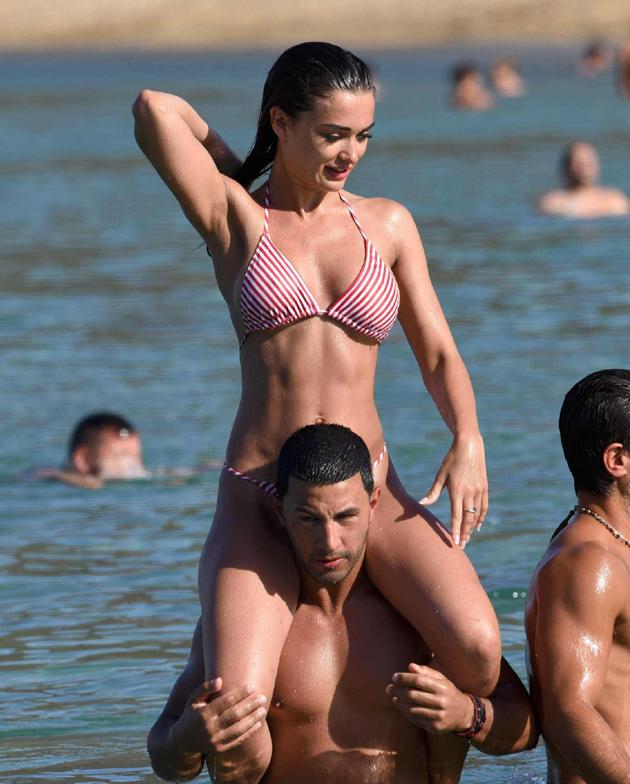 amy jackson hot bikini photos at beach southcolors 19