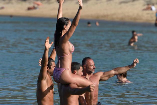 amy jackson hot bikini photos at beach southcolors 9