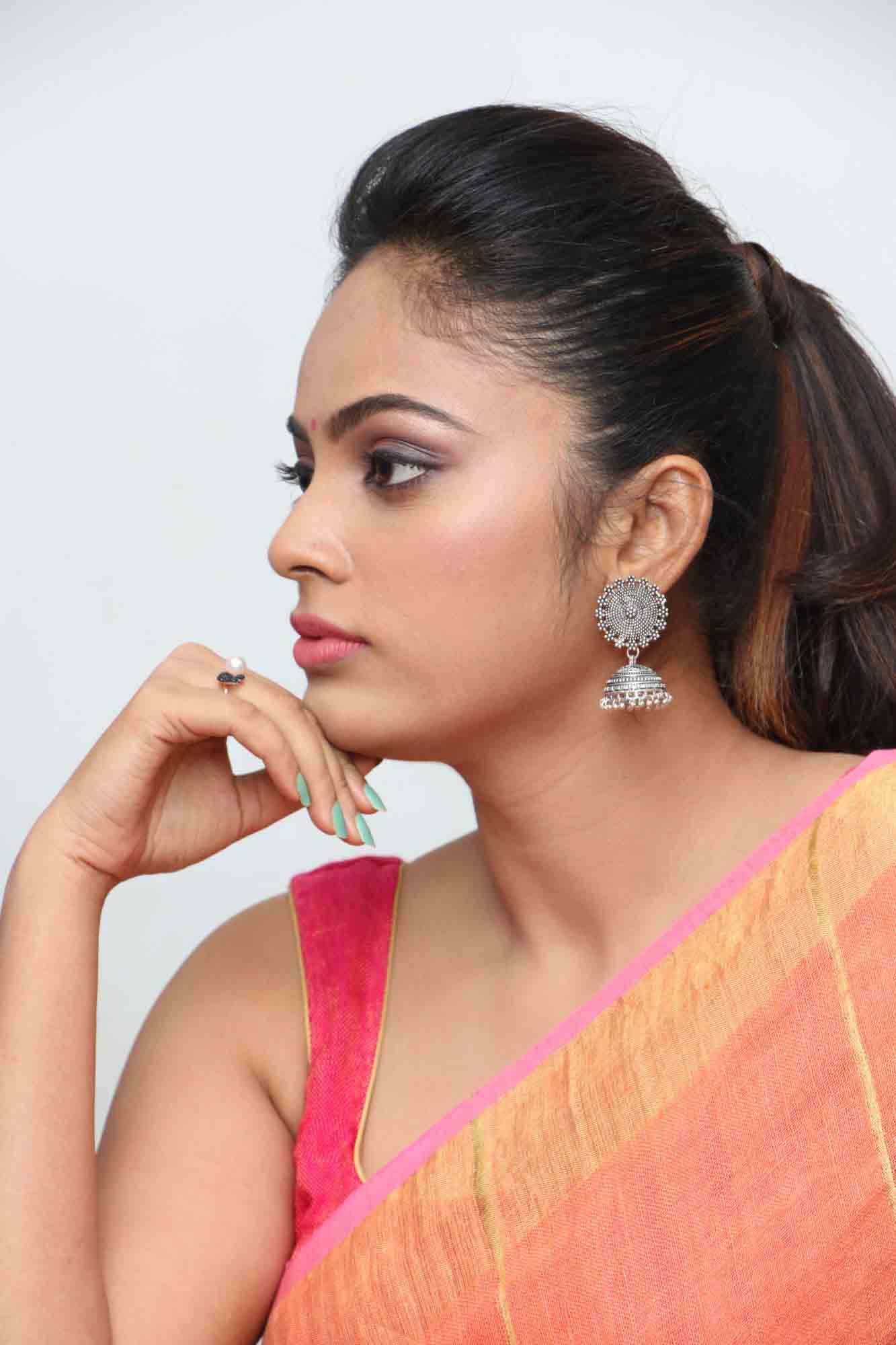 nandita sweta saree photos at asuravatham press meet southcolors 1