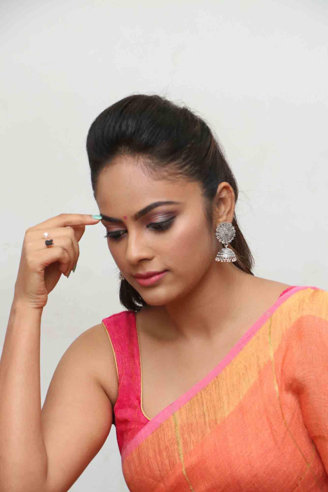 nandita sweta saree photos at asuravatham press meet southcolors 11