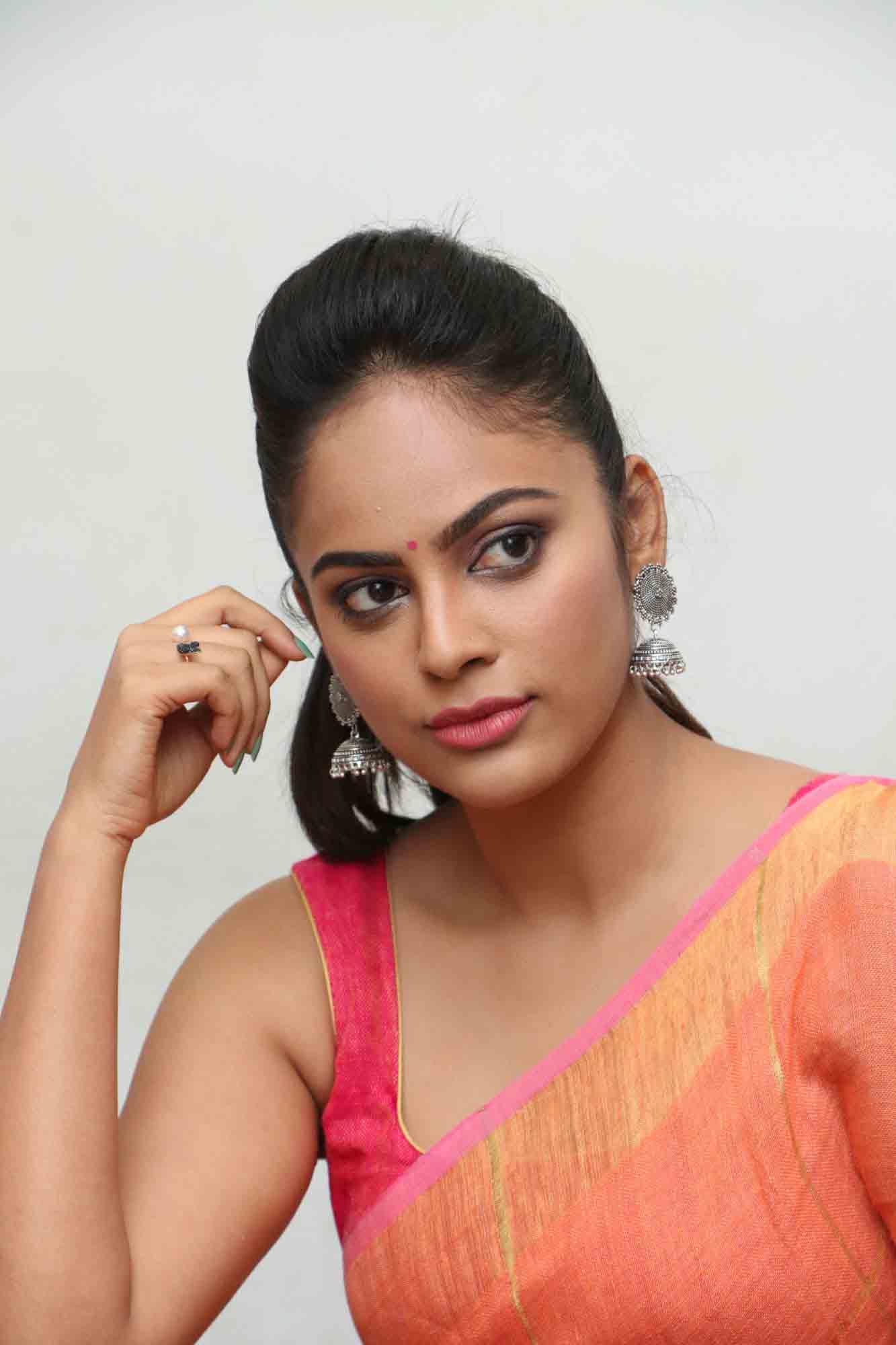 nandita sweta saree photos at asuravatham press meet southcolors 12