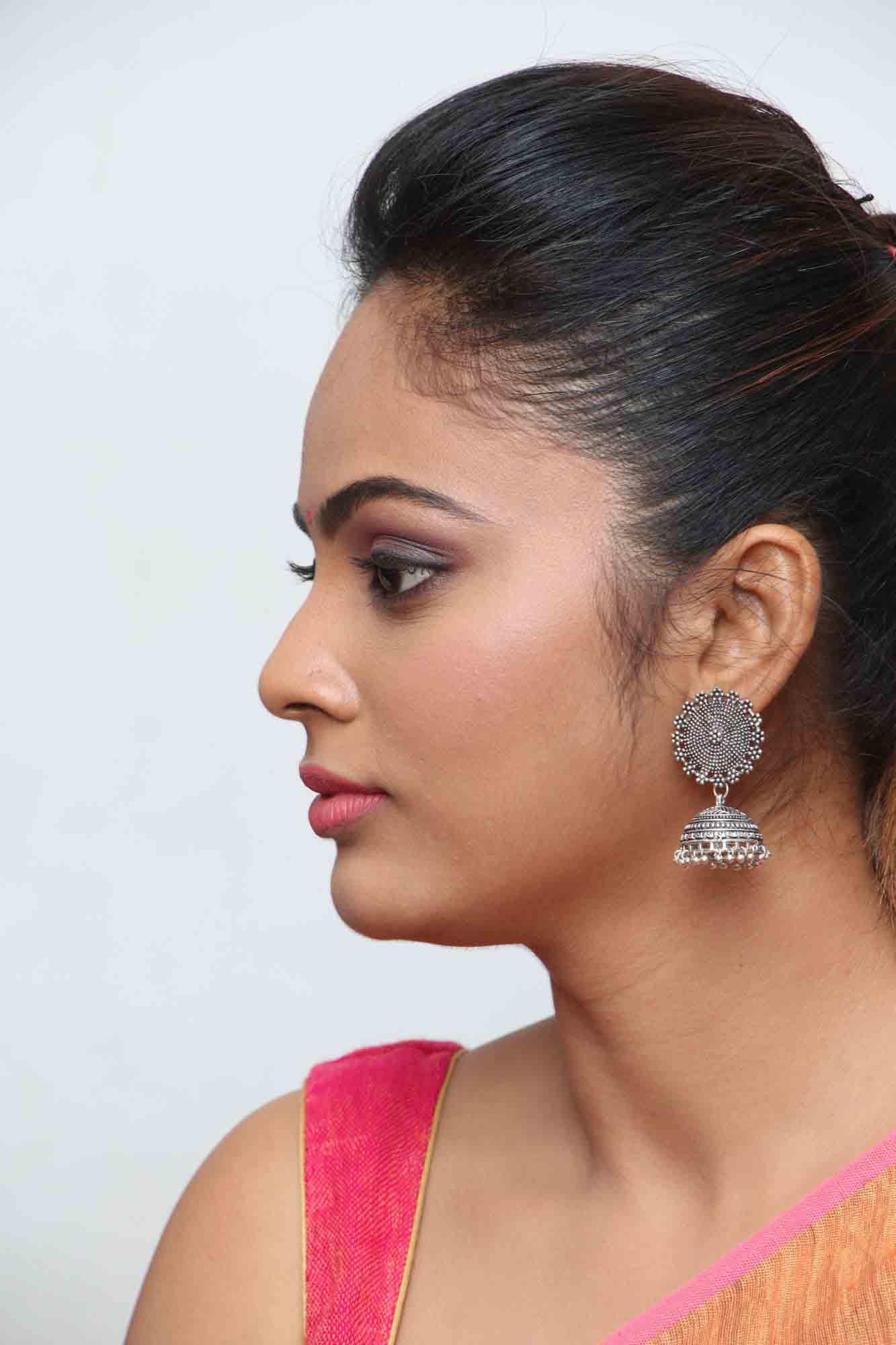 nandita sweta saree photos at asuravatham press meet southcolors 21