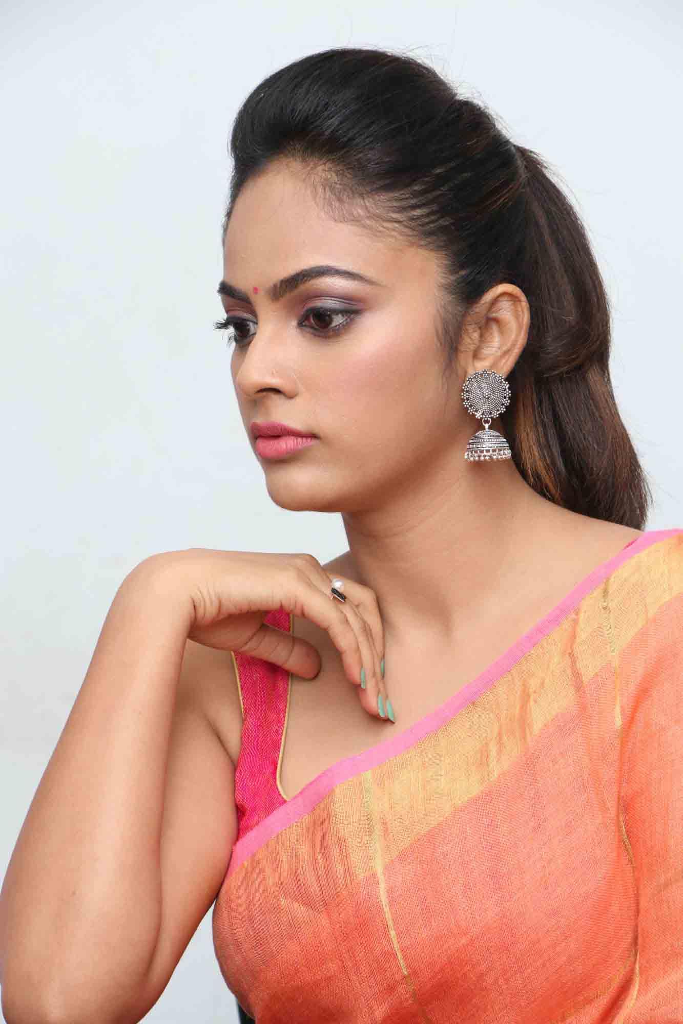 nandita sweta saree photos at asuravatham press meet southcolors 3