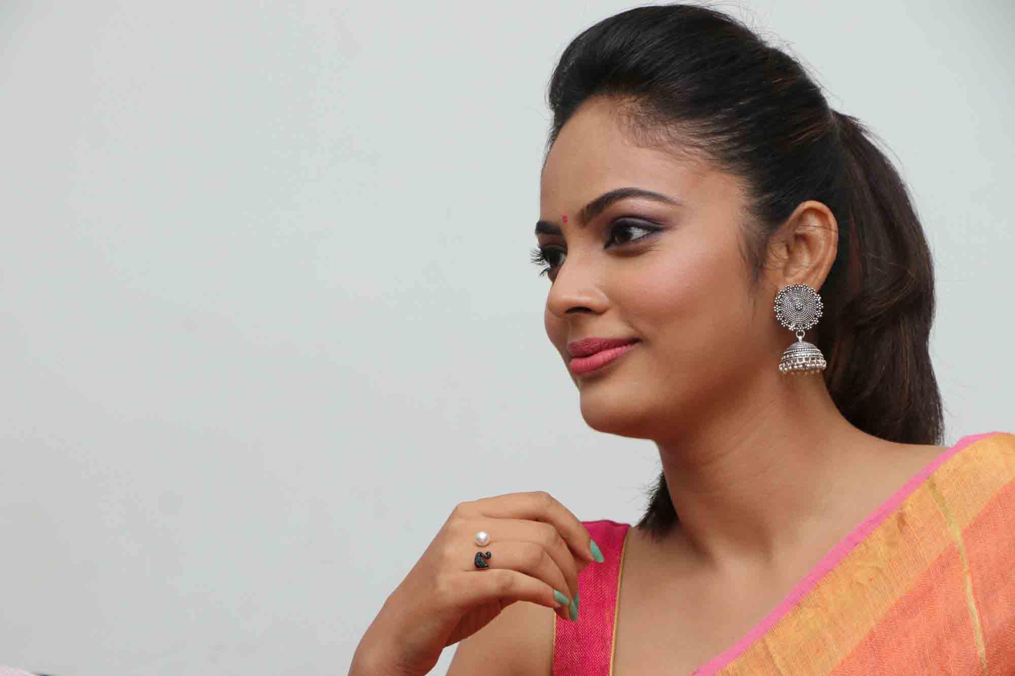 nandita sweta saree photos at asuravatham press meet southcolors 8