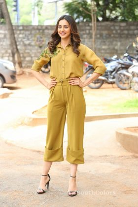 rakul preet singh yellow dress photos at wife of ram trailer launch southcolors 11