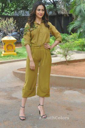 rakul preet singh yellow dress photos at wife of ram trailer launch southcolors 4