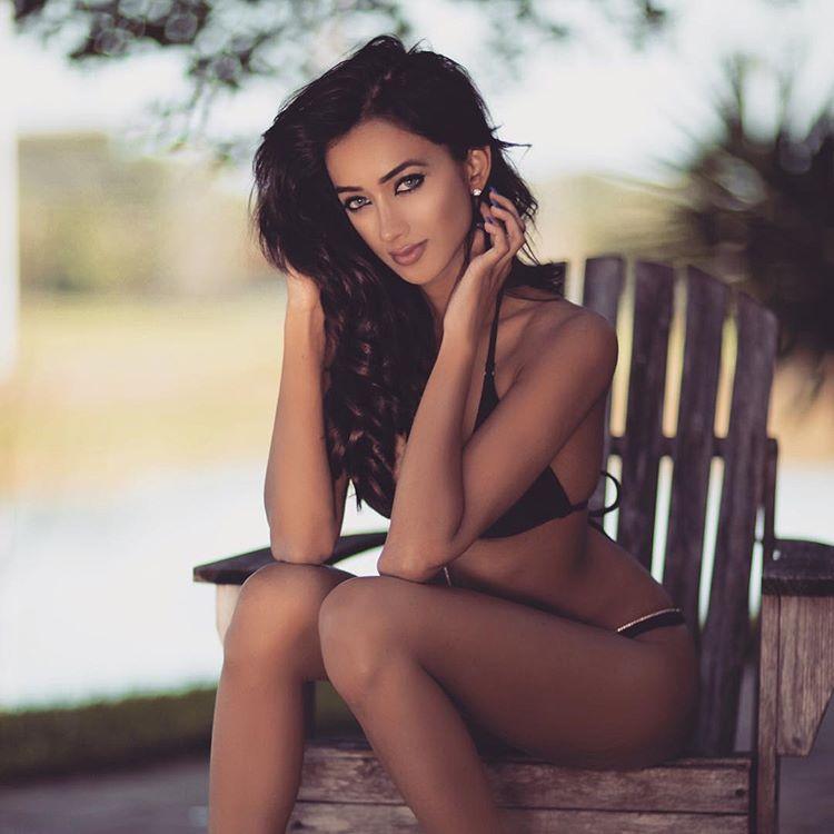 ramina ashfaque hot bikini photoshoot southcolors 22