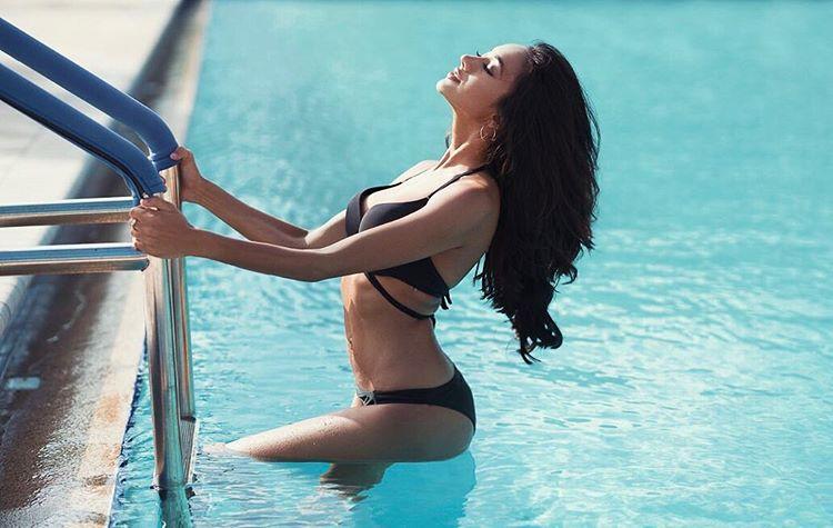 ramina ashfaque hot bikini photoshoot southcolors 24
