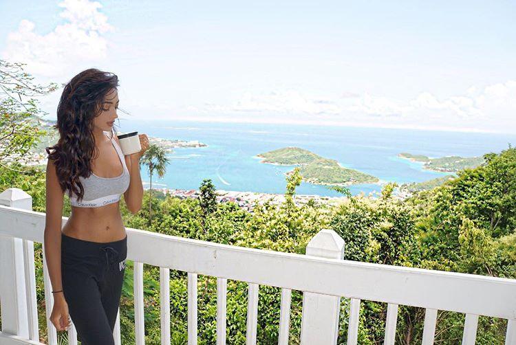 ramina ashfaque hot bikini photoshoot southcolors 31
