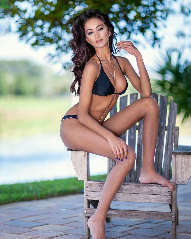 ramina ashfaque hot bikini photoshoot southcolors 33
