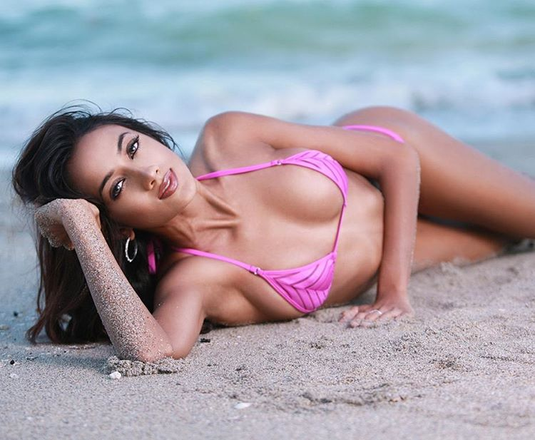 ramina ashfaque hot bikini photoshoot southcolors 41