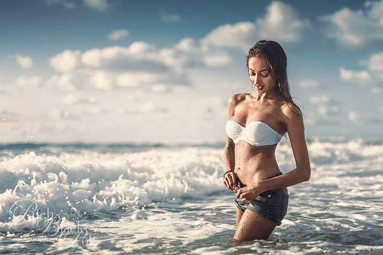 ramina ashfaque hot bikini photoshoot southcolors 48