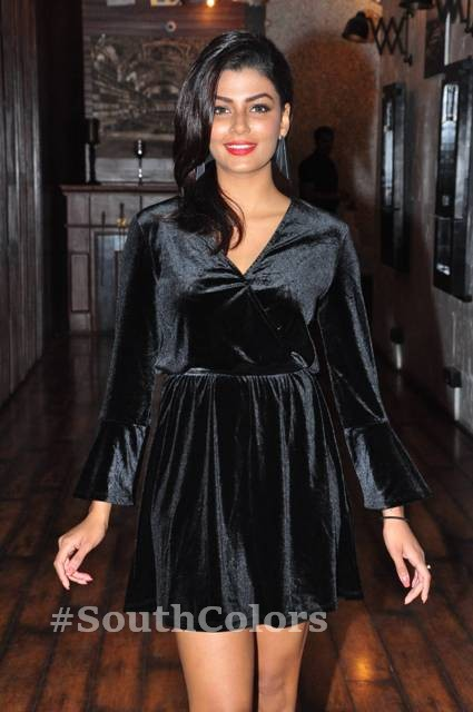 anisha ambrose hot black dress photos southcolors 4