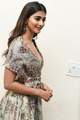 pooja hegde new photos at saakshyam movie audio launch southcolors 1