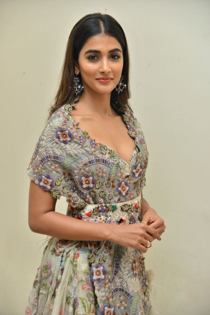pooja hegde new photos at saakshyam movie audio launch southcolors 10