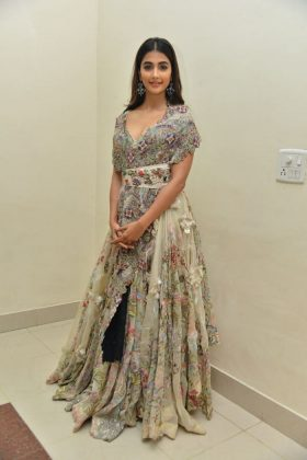pooja hegde new photos at saakshyam movie audio launch southcolors 11