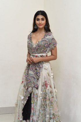 pooja hegde new photos at saakshyam movie audio launch southcolors 19