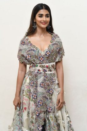 pooja hegde new photos at saakshyam movie audio launch southcolors 20