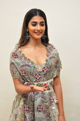 pooja hegde new photos at saakshyam movie audio launch southcolors 4
