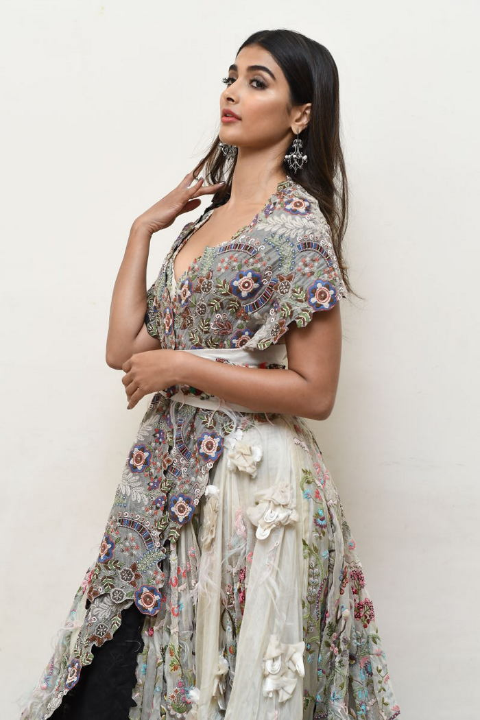 pooja hegde new photos at saakshyam movie audio launch southcolors 7