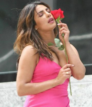 priyanka chopra photos from isnt it romantic movie sets southcolors 5