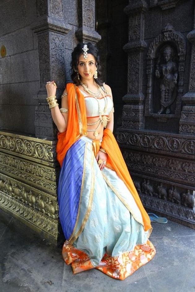 sanjjanaa galrani photos from swarna khadgam serial southcolors 6