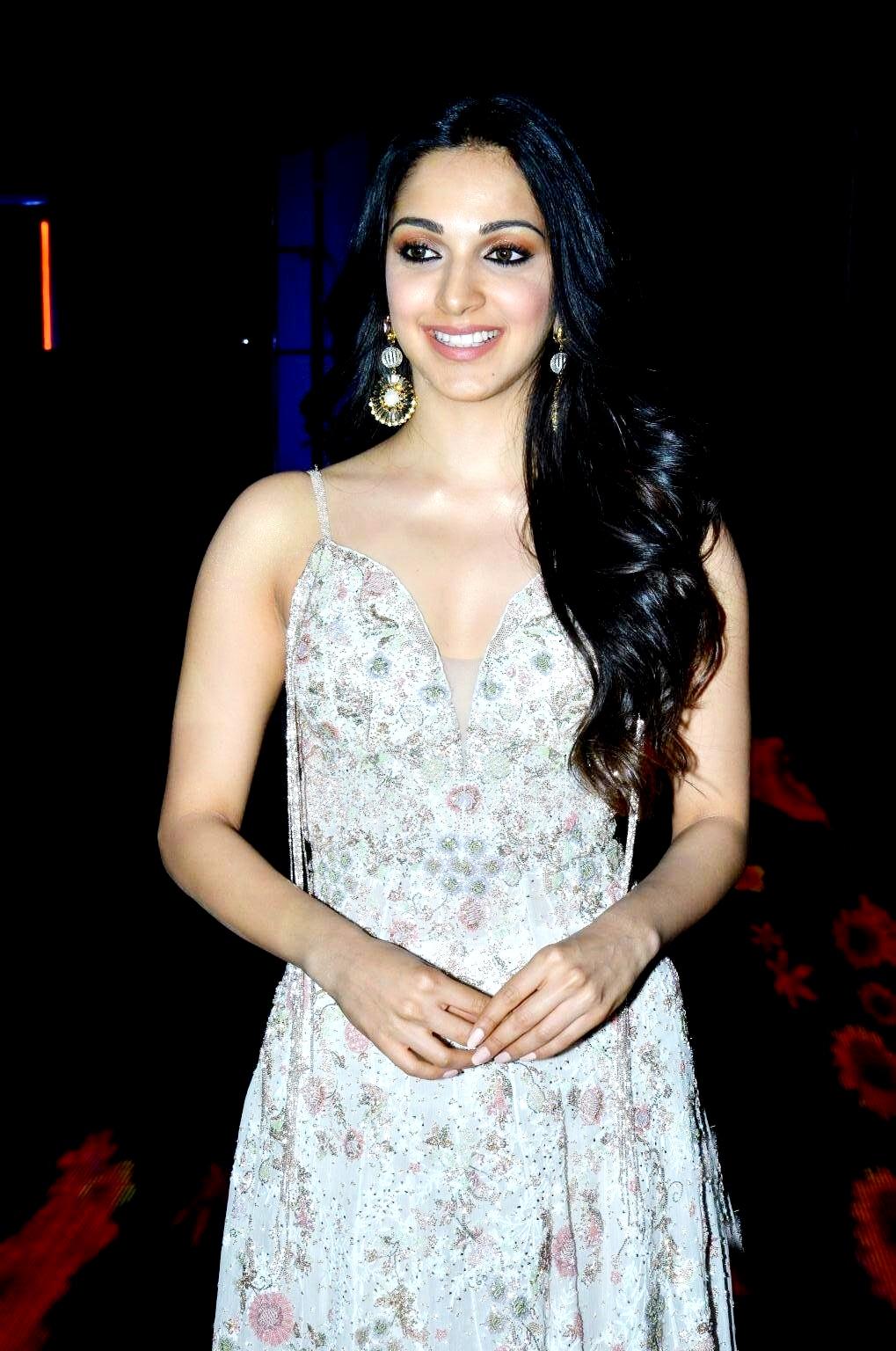 kiara advani images at vinaya vidheya rama movie pre release event southcolors 11
