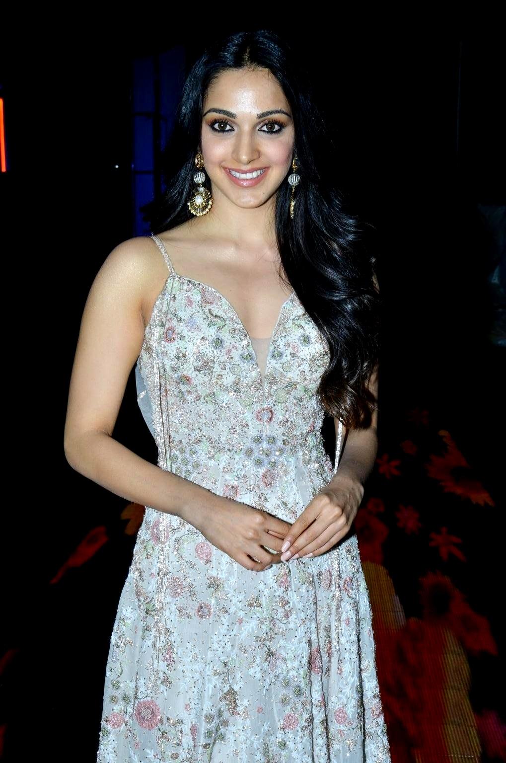 kiara advani images at vinaya vidheya rama movie pre release event southcolors 12