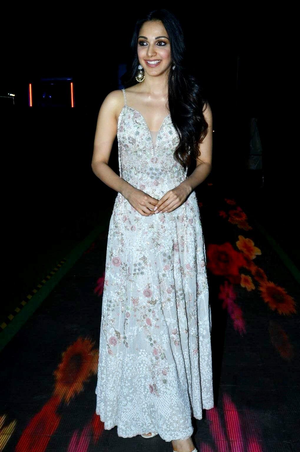 kiara advani images at vinaya vidheya rama movie pre release event southcolors 15