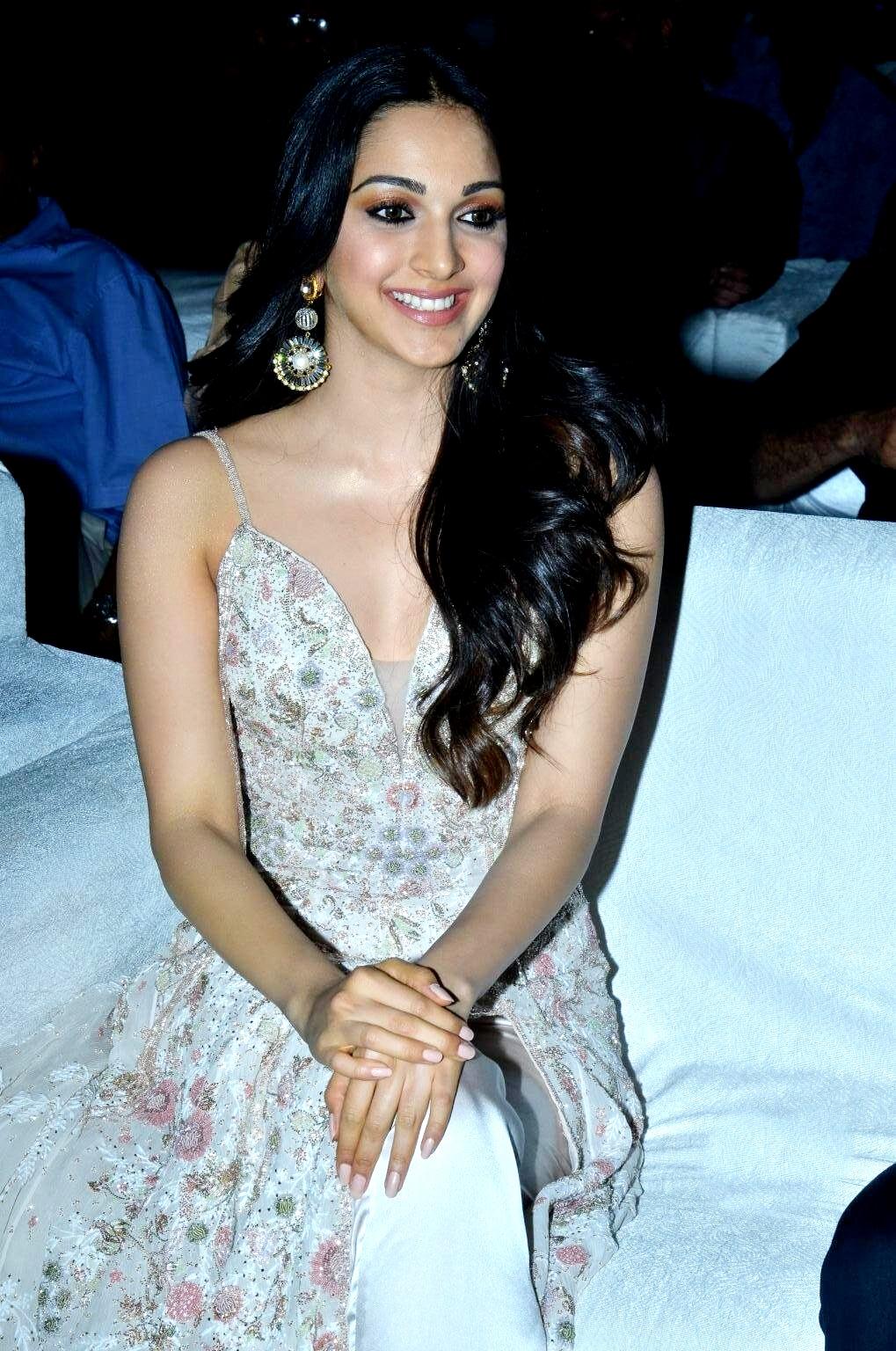 kiara advani images at vinaya vidheya rama movie pre release event southcolors 17