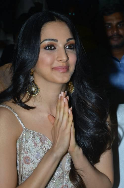 kiara advani images at vinaya vidheya rama movie pre release event southcolors 8
