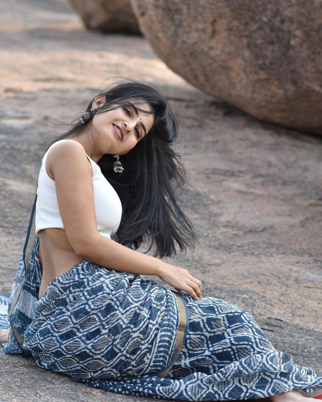 Actress Ananya Nagalla Hot Photos in White Saree 13