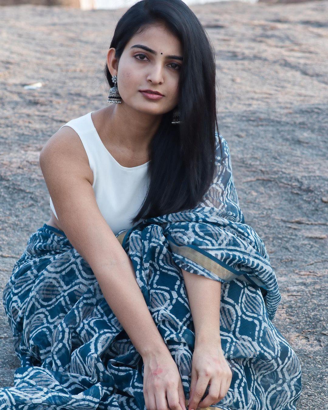 Actress Ananya Nagalla Hot Photos in White Saree 16