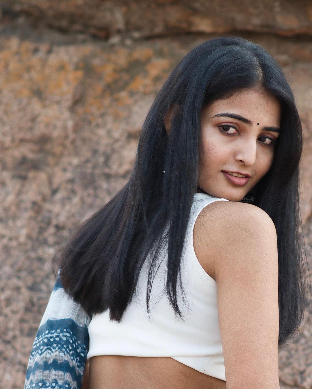 Actress Ananya Nagalla Hot Photos in White Saree 3