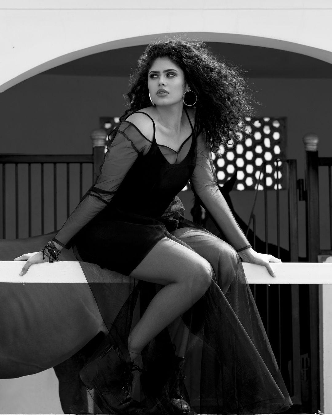 Faria Abdullah Black Outfit Photoshoot 5