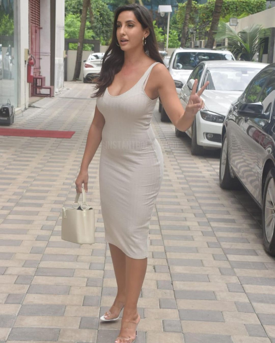 Actress Nora Fatehi Bootylicious Curves in Bodycon Dress 2