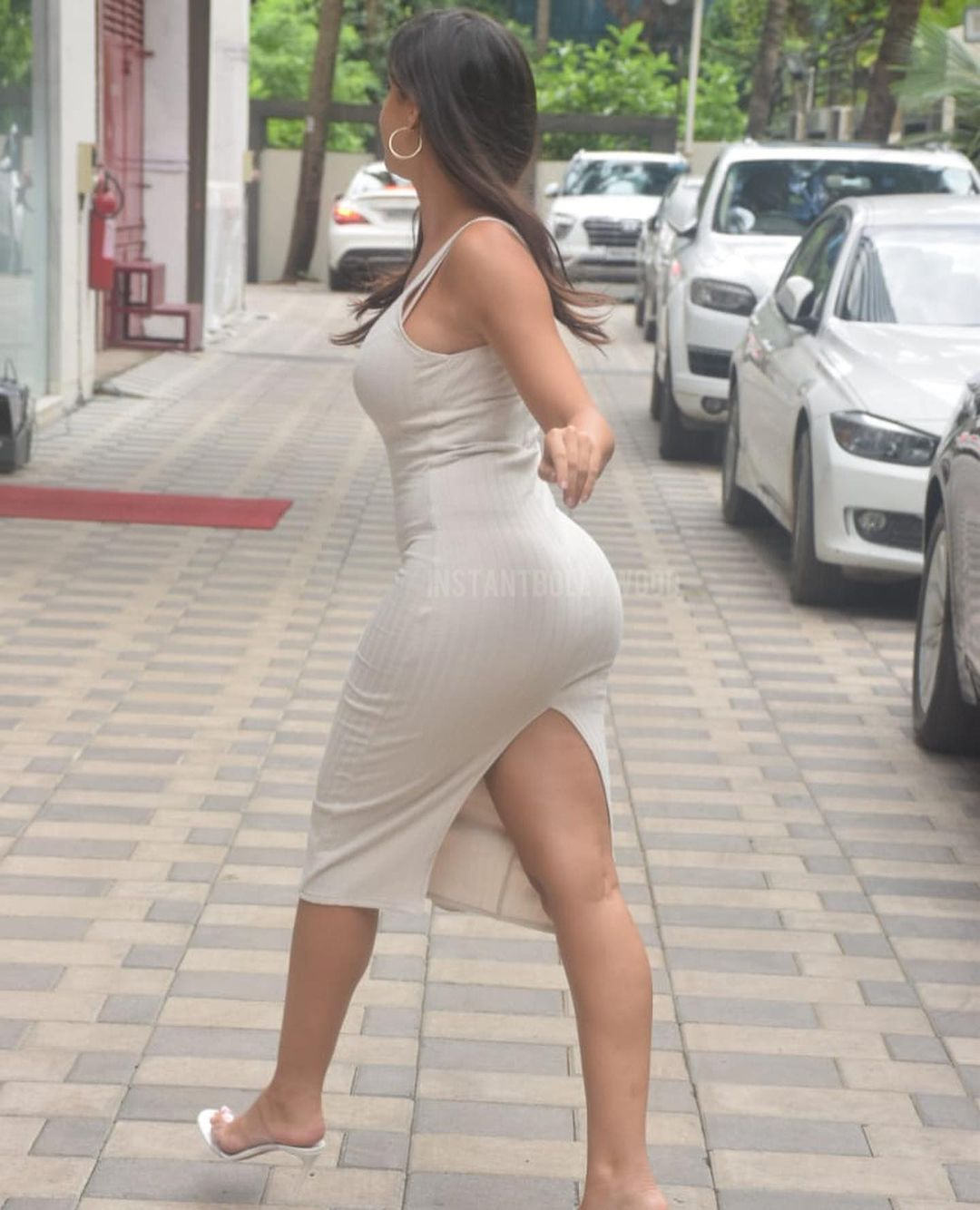 Actress Nora Fatehi Bootylicious Curves in Bodycon Dress 6