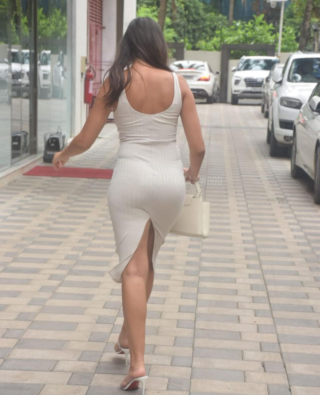 Actress Nora Fatehi Bootylicious Curves in Bodycon Dress 7