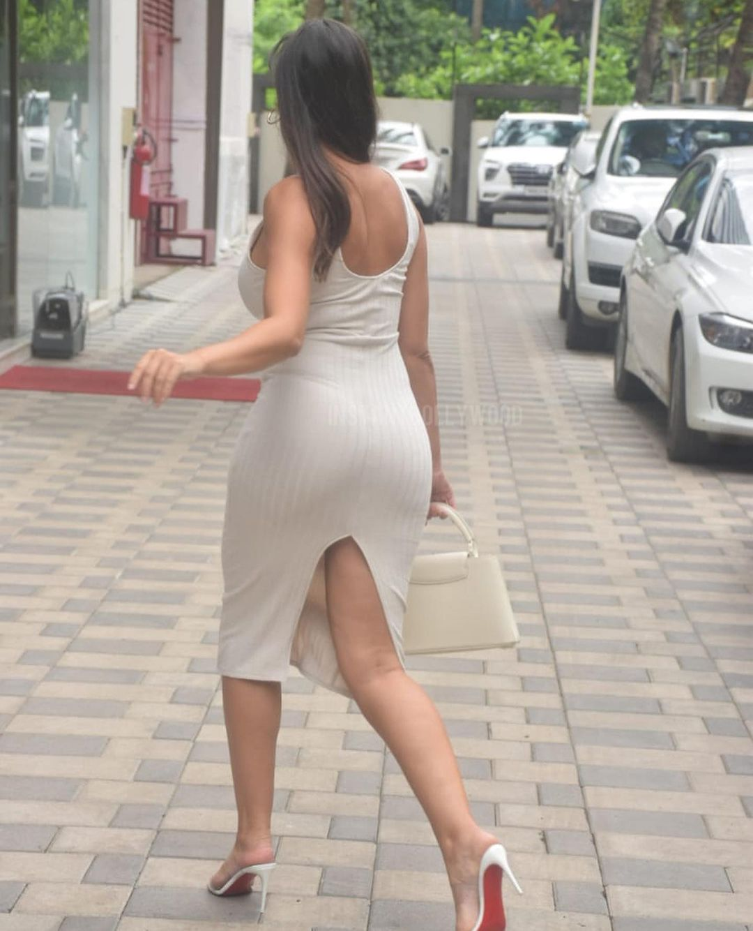 Actress Nora Fatehi Bootylicious Curves in Bodycon Dress 8