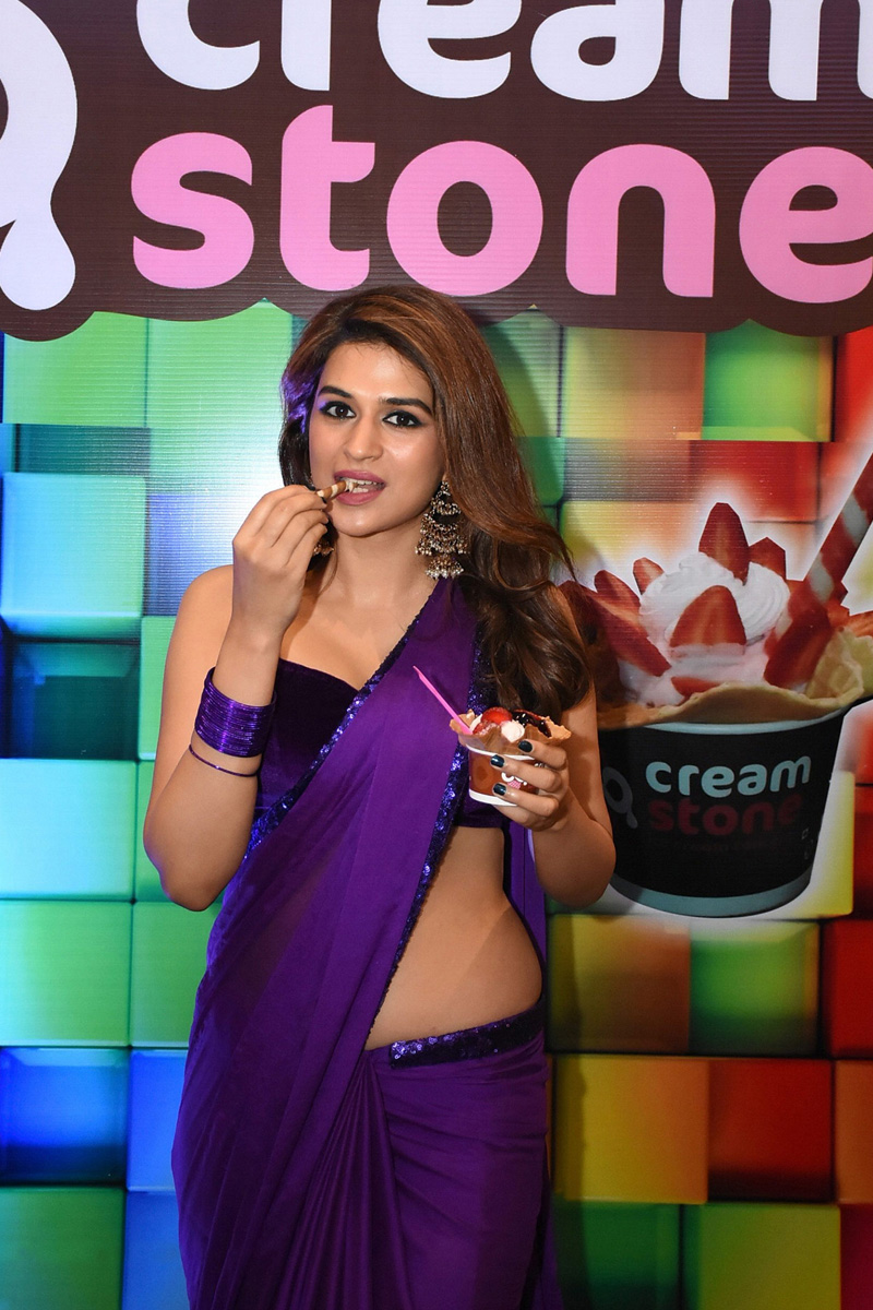 Shraddha Das Purple Saree Stills From Digital Influencer Awards In Hyderabad Theprimetalks 10