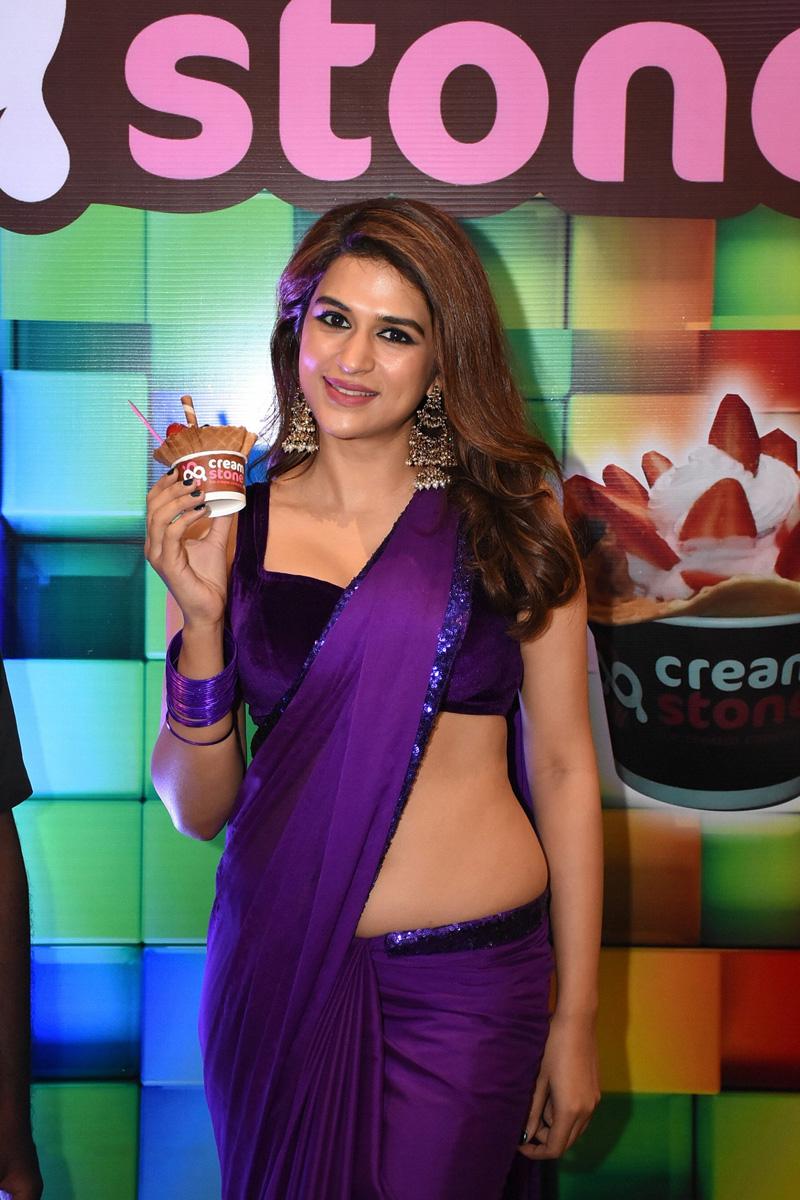 Shraddha Das Purple Saree Stills From Digital Influencer Awards In Hyderabad Theprimetalks 11